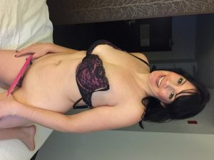 Steffi happy ending massage in Mercerville